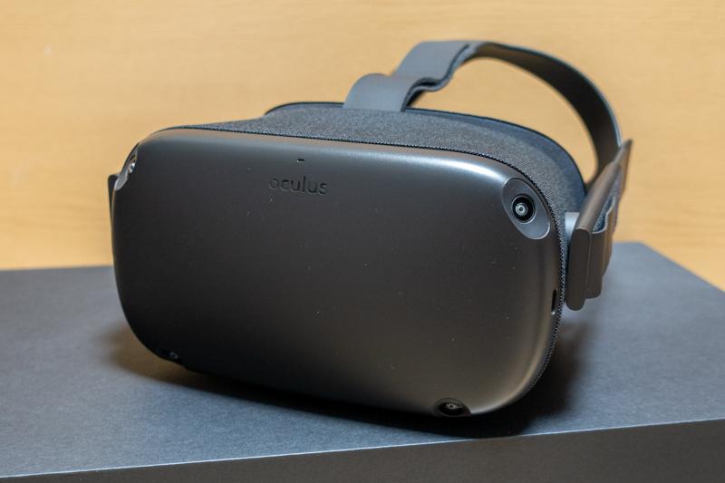 Oculus Quest本体